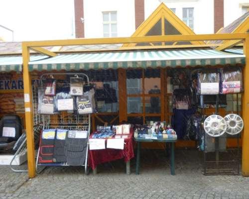 Naše prodejna,ulice Holešovická č.21 v areálu Prague River Town (dříve Holešovická tržnice)